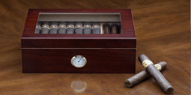 Humidor de puros con higrómetro